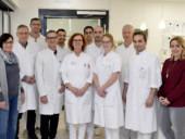 Das Team der Klinik für Urologie grüßt freundlich.