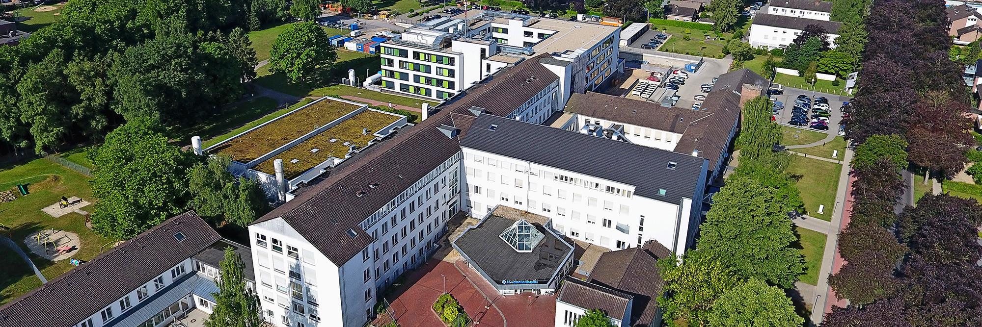 Luftaufnahme des St.-Antonius-Hospitals Kleve.
