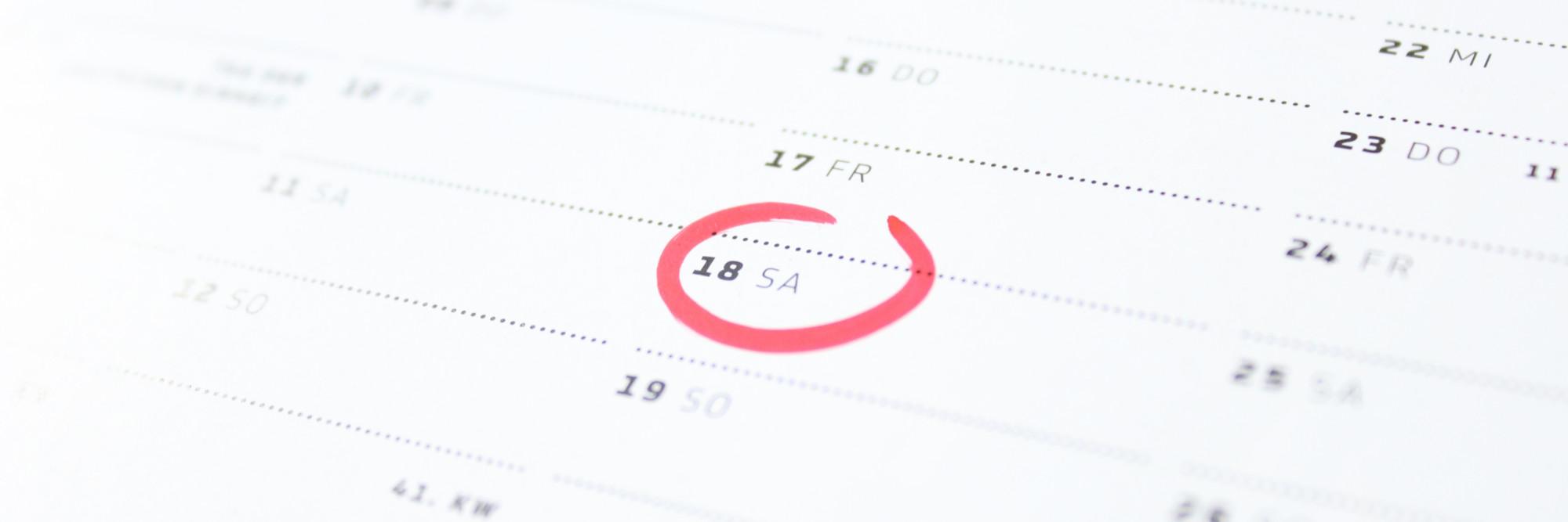 Ein Kalenderblatt, ein Tag markiert.