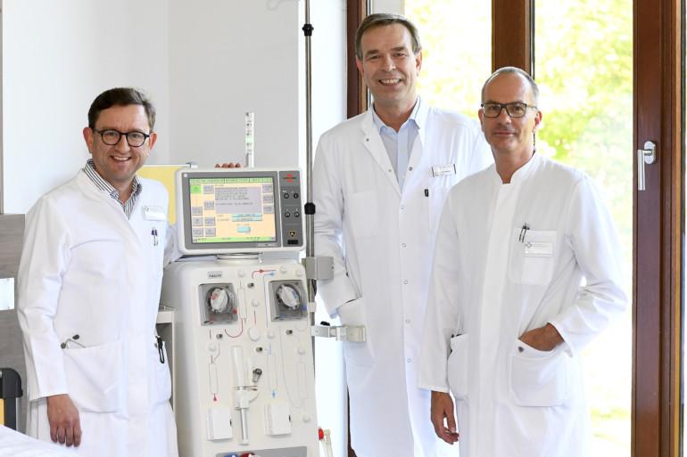 Intensive Zusammenarbeit für Herz und Niere: Dmitri Braun, Dr. Dirk Steffan und Dr. Norbert Bayer (v.l.).