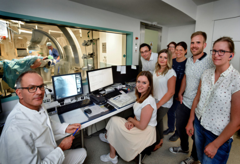 Studenten der Hochschule Rhein-Waal beim Besuch im Herzkatheterlabor des St.-Antonius-Hospitals Kleve